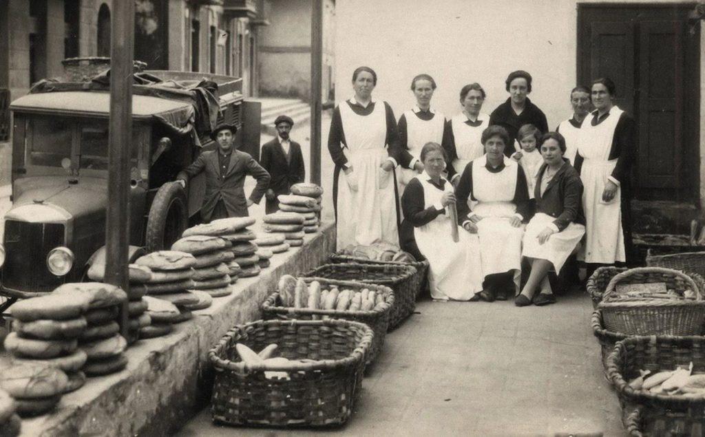Mujeres y pan